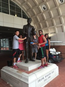 brandon-nhek-and-his-group-cleaning-frank-day-statue-on-9-8-16